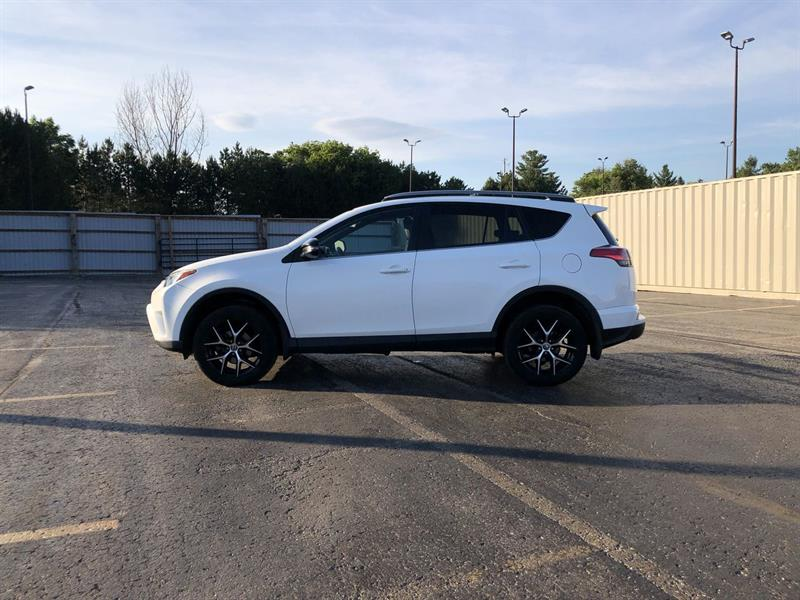 toyota RAV4 SE AWD 2017 - 10
