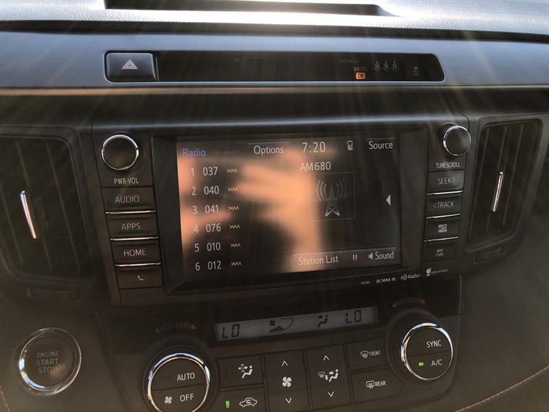 toyota RAV4 SE AWD 2017 - 21