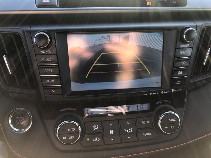 toyota RAV4 SE AWD 2017 - 23