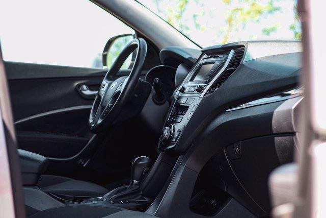 Hyundai Santa Fe XL 19