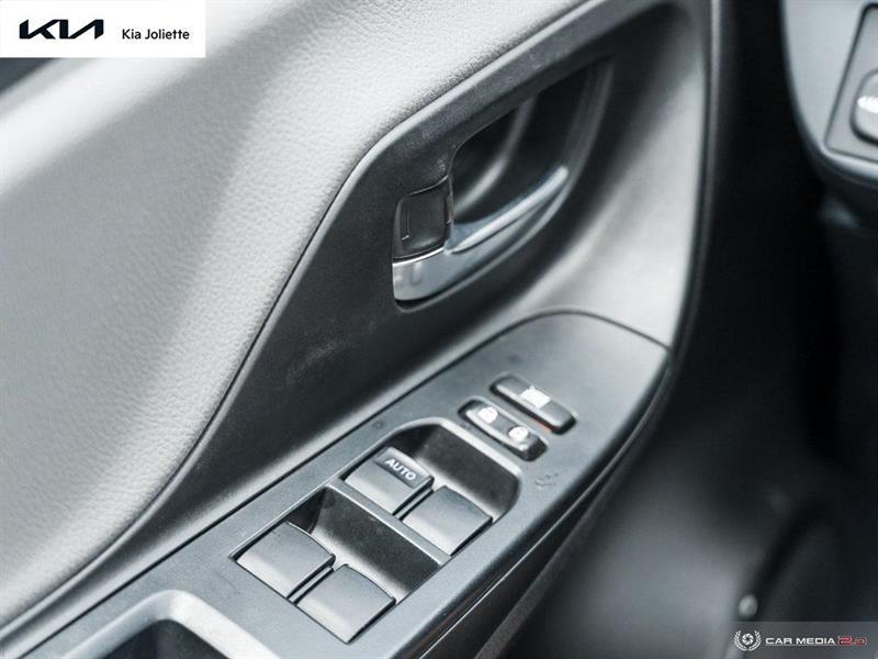 toyota Yaris Hatchback 2019 - 19