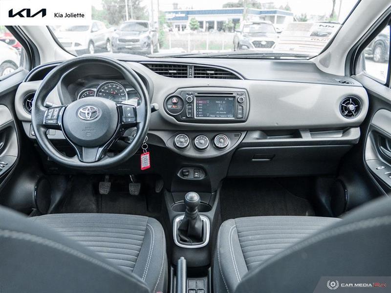 toyota Yaris Hatchback 2019 - 27