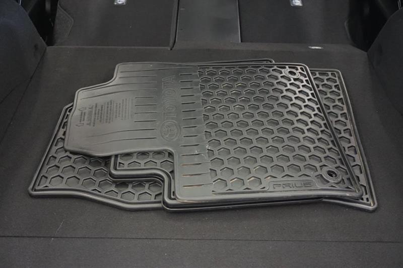 toyota Prius Prime 2019 - 34