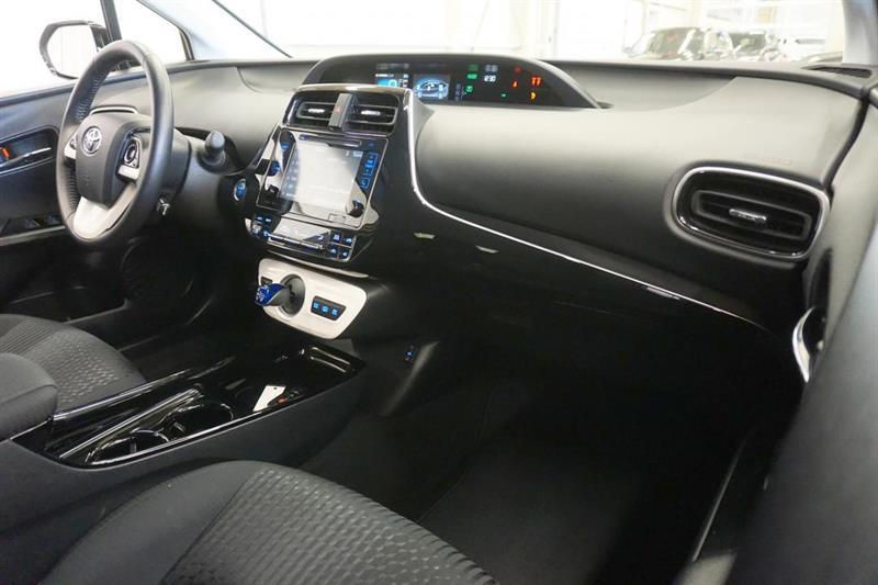 toyota Prius Prime 2019 - 37