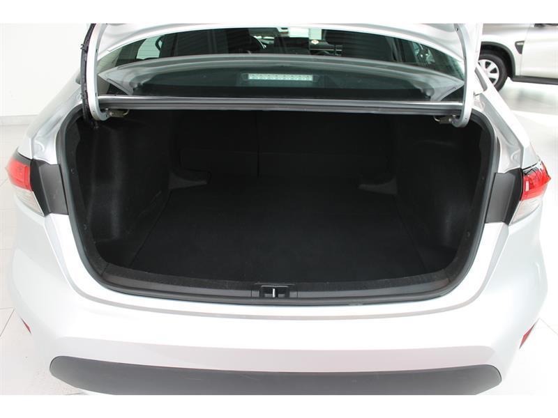 toyota Corolla 2020 - 18