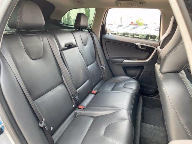 Volvo XC60 33