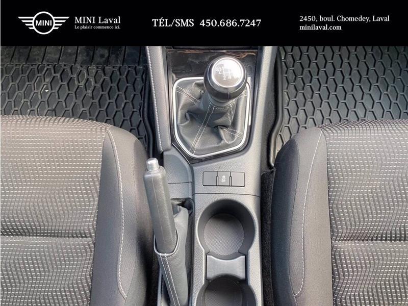 toyota Corolla iM 2017 - 14