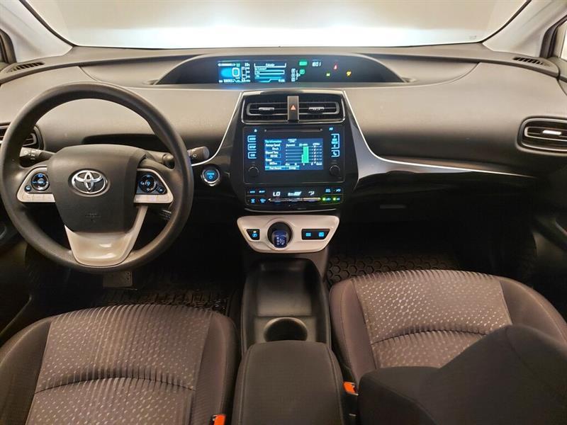 toyota Prius 2016 - 14