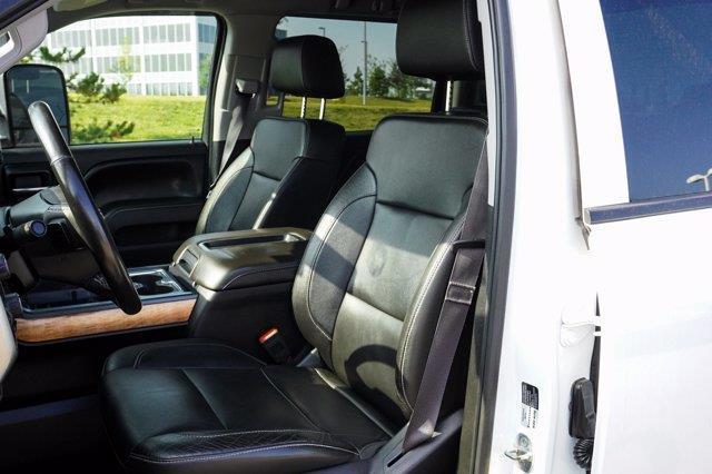 Chevrolet Silverado 3500HD 15