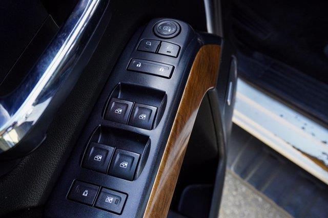 Chevrolet Silverado 3500HD 16