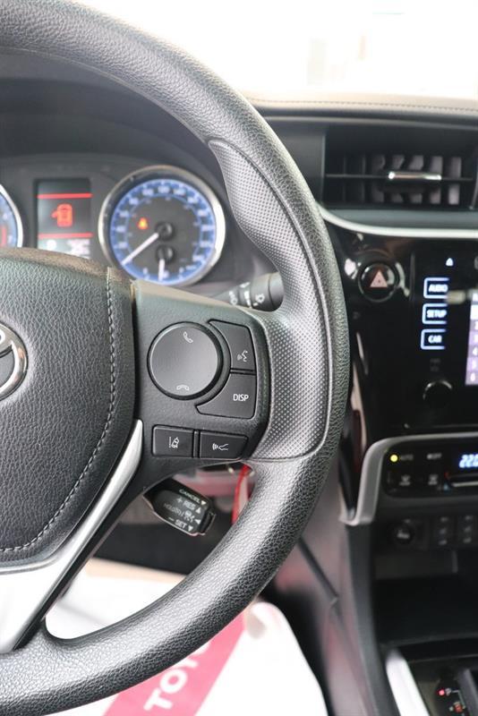 toyota Corolla 2018 - 13