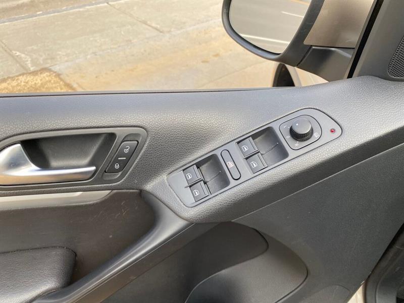 Volkswagen Tiguan 8