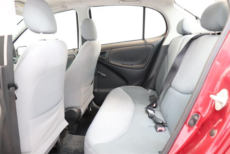 Toyota Echo 15