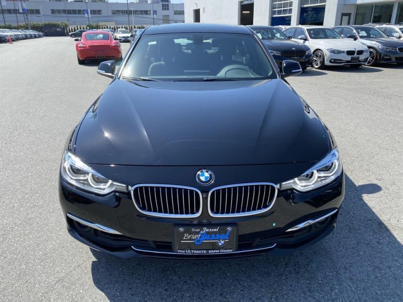 BMW 3 Series 2