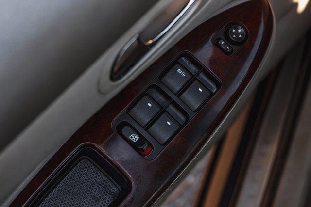 Buick Allure 10
