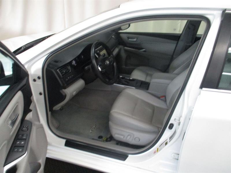 toyota Camry Hybrid 2016 - 18