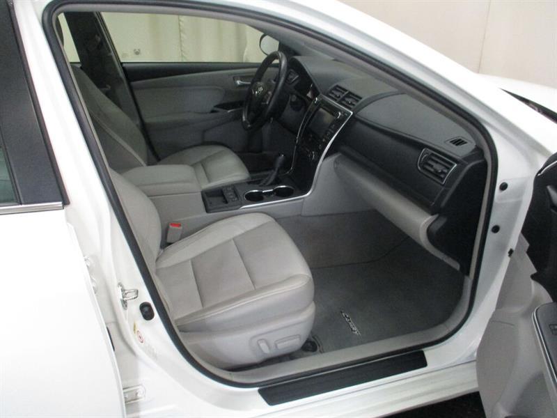 toyota Camry Hybrid 2016 - 20