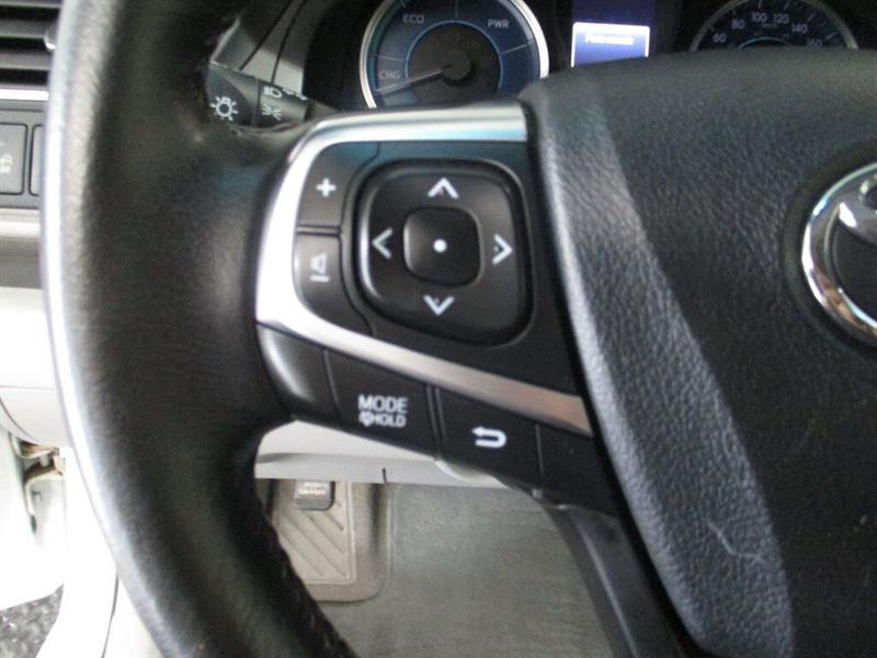 toyota Camry Hybrid 2016 - 24