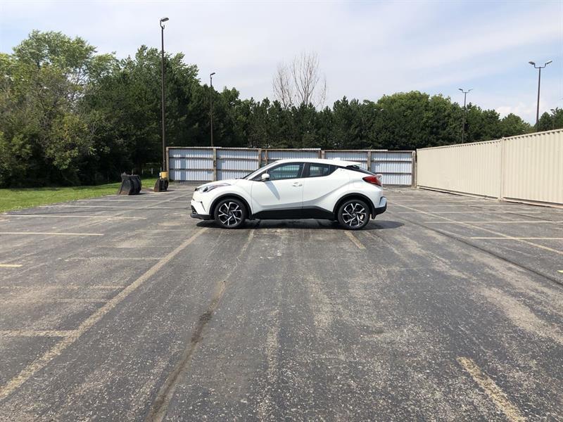 toyota C-HR XLE 2WD 2018 - 10