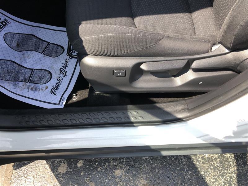 toyota C-HR XLE 2WD 2018 - 13