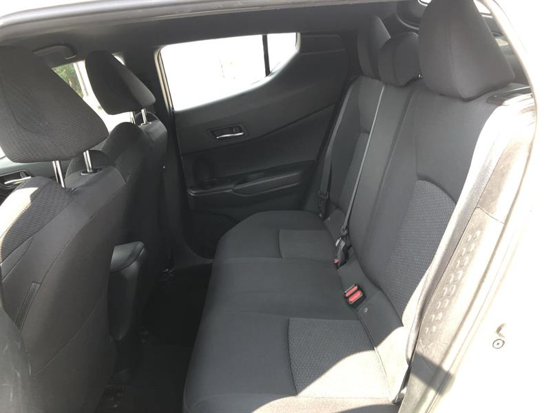 toyota C-HR XLE 2WD 2018 - 16