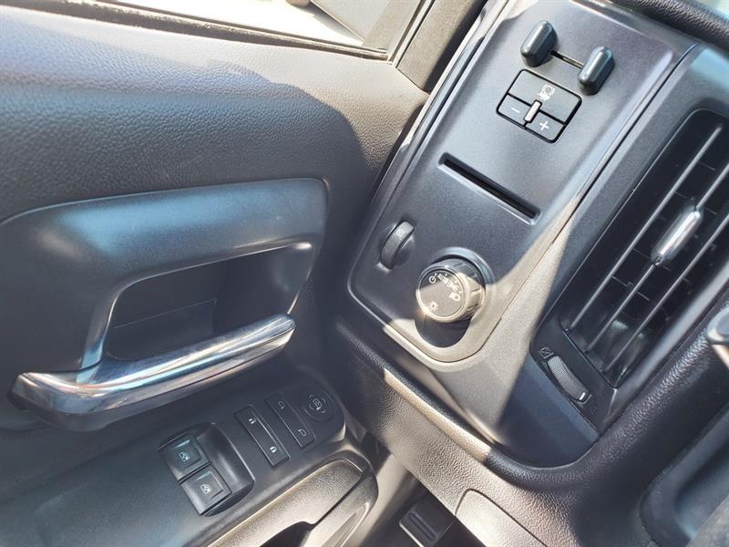 Chevrolet Silverado 1500 10