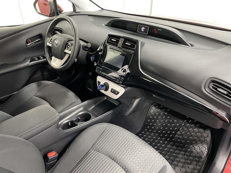 toyota Prius 2017 - 13