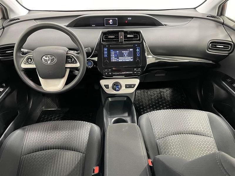 toyota Prius 2017 - 24