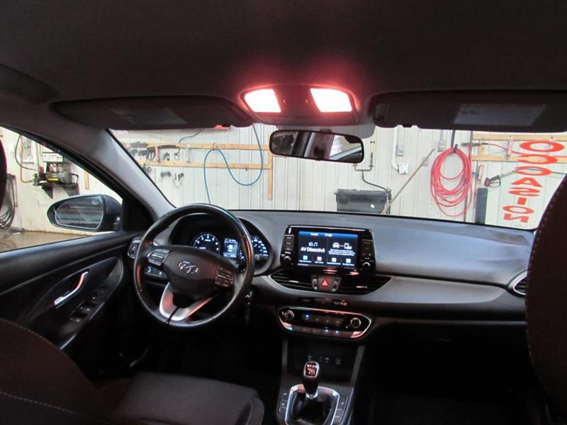 Hyundai Elantra GT 26