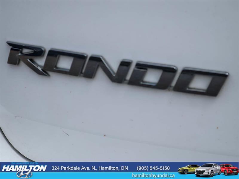 Kia Rondo 18