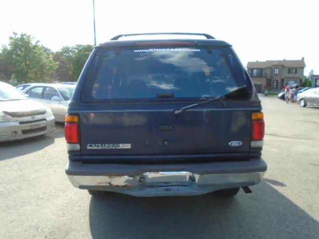 Ford Explorer 6