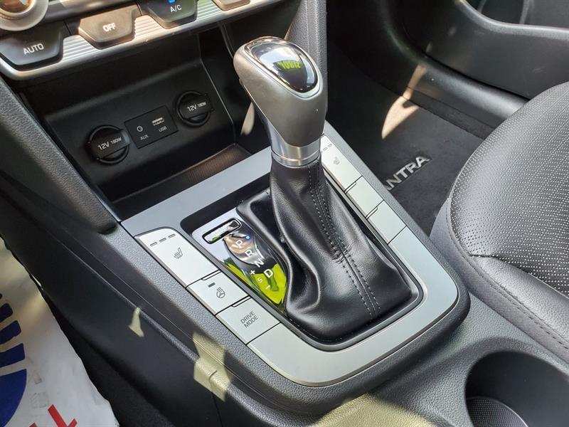 Hyundai Elantra 29