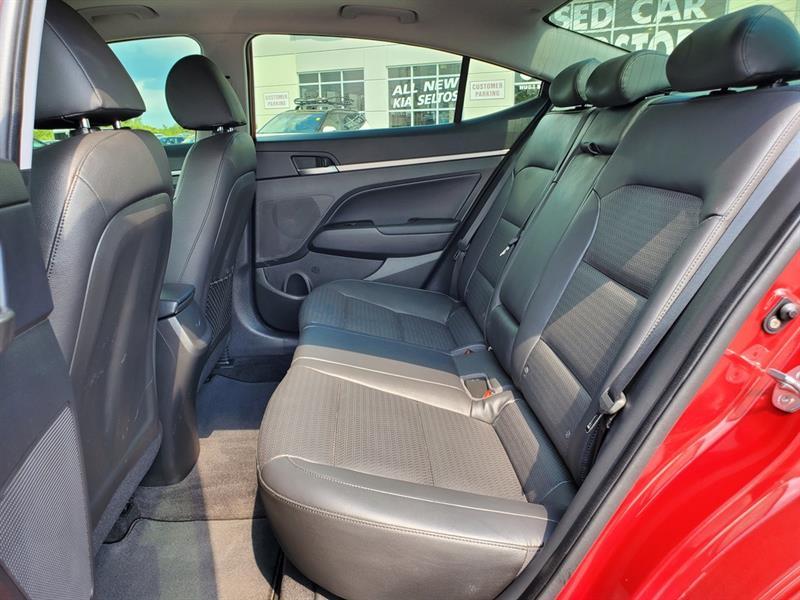 Hyundai Elantra 38
