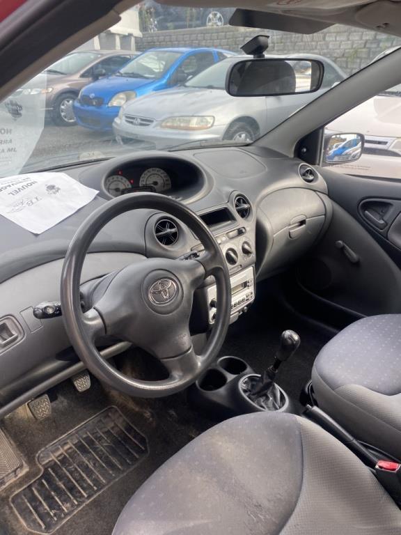 Toyota Echo 6