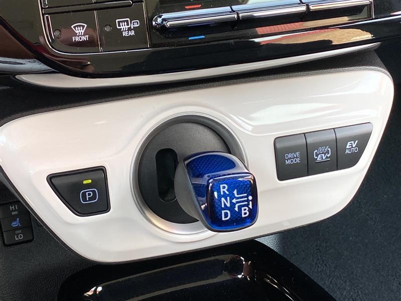 toyota Prius Prime 2019 - 17