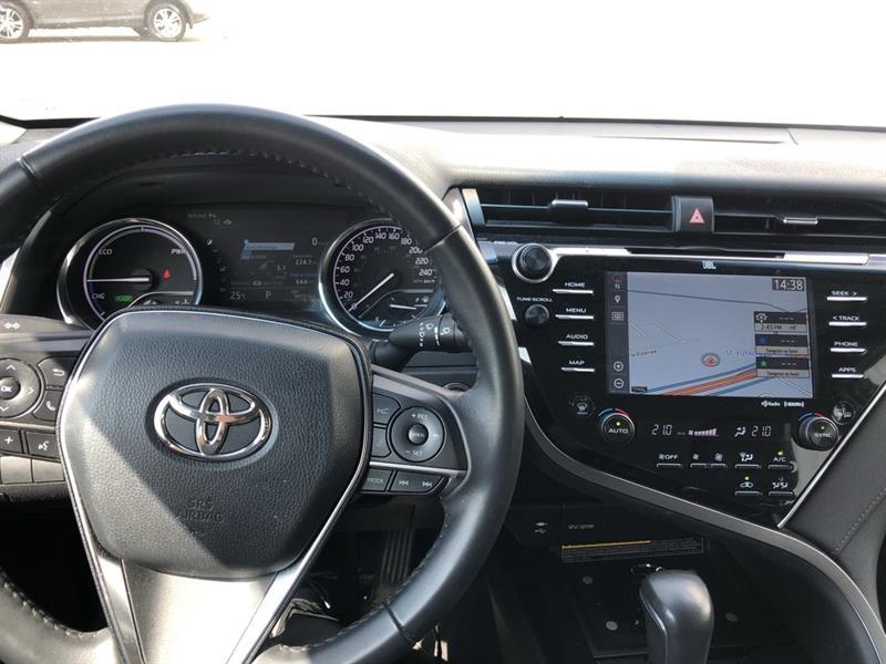 toyota Camry Hybrid 2018 - 10