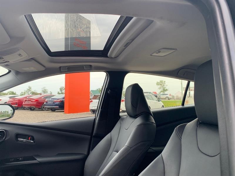 toyota Prius 2017 - 9