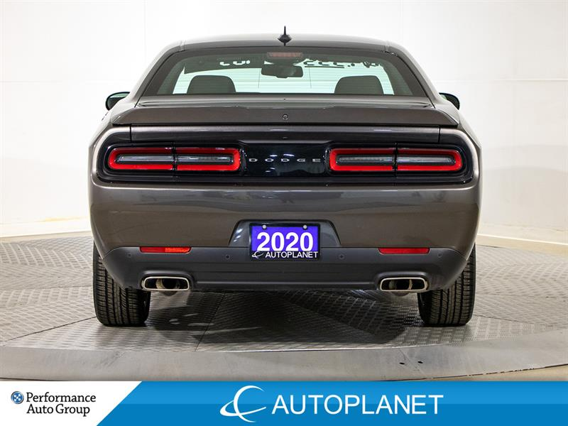Dodge Challenger 7