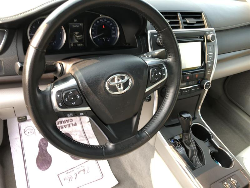 toyota CAMRY XLE 2WD 2016 - 15