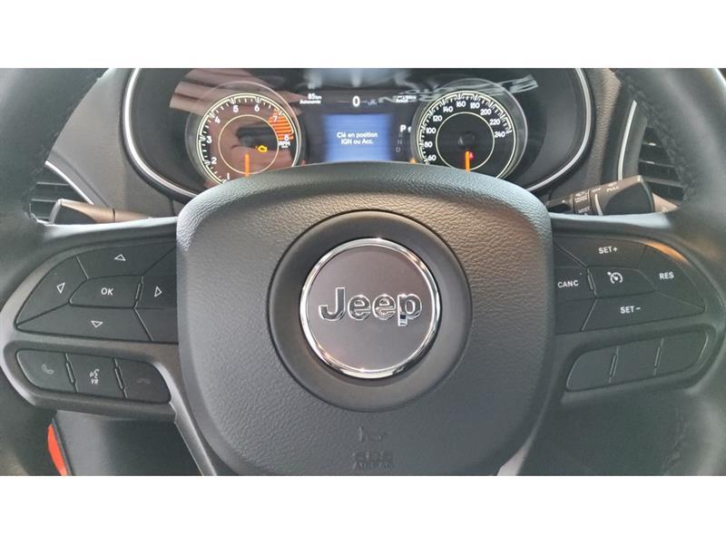 Jeep Cherokee 11