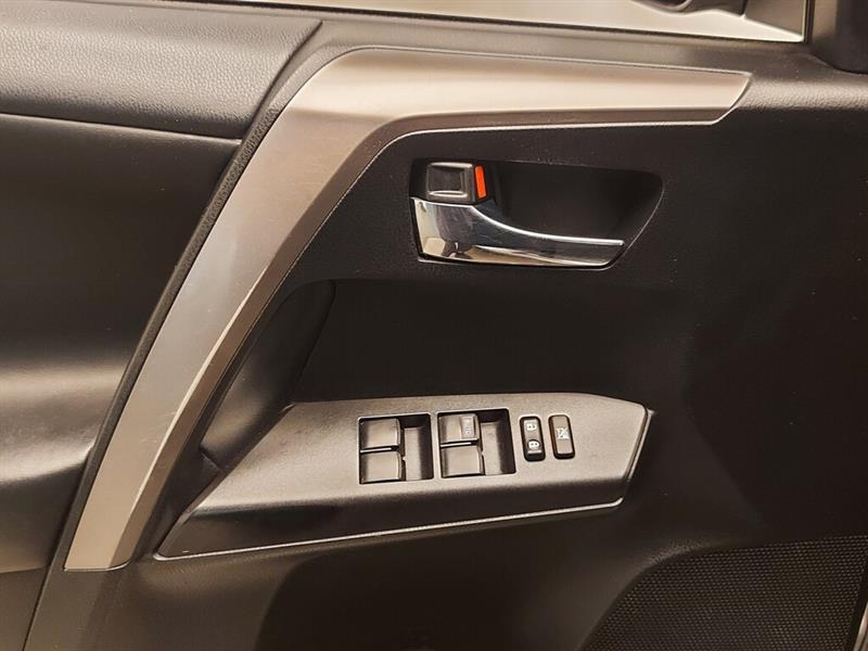 toyota RAV4 hybride 2016 - 14