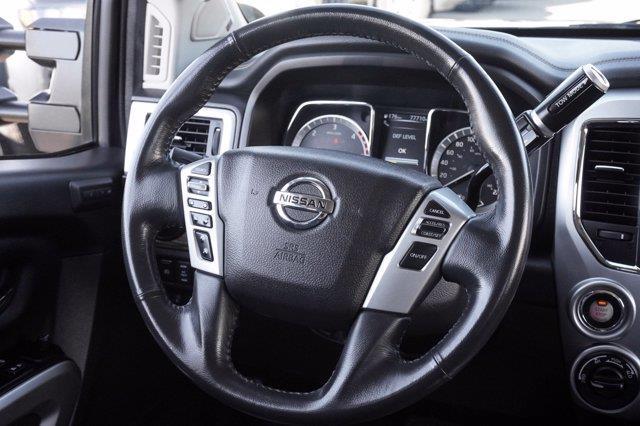 Nissan Titan 24
