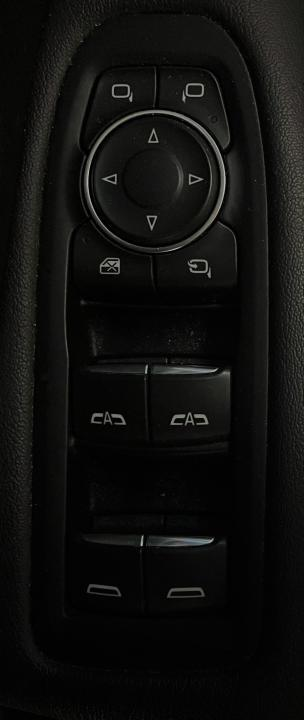 Cadillac XT5 16