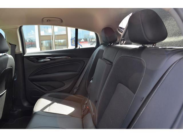 Buick Regal 19