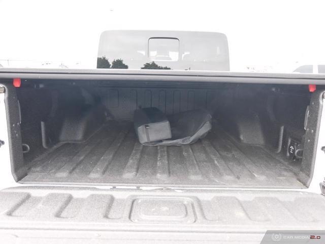 Jeep Gladiator 11