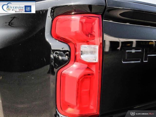 Chevrolet Silverado 2500 12