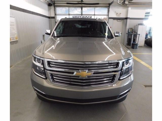 Chevrolet Tahoe 8