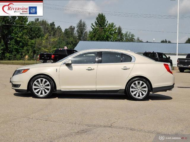 Lincoln MKS 3