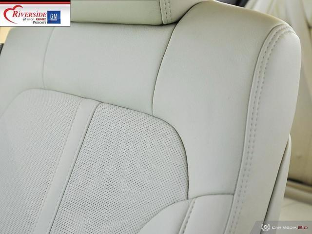 Lincoln MKS 23