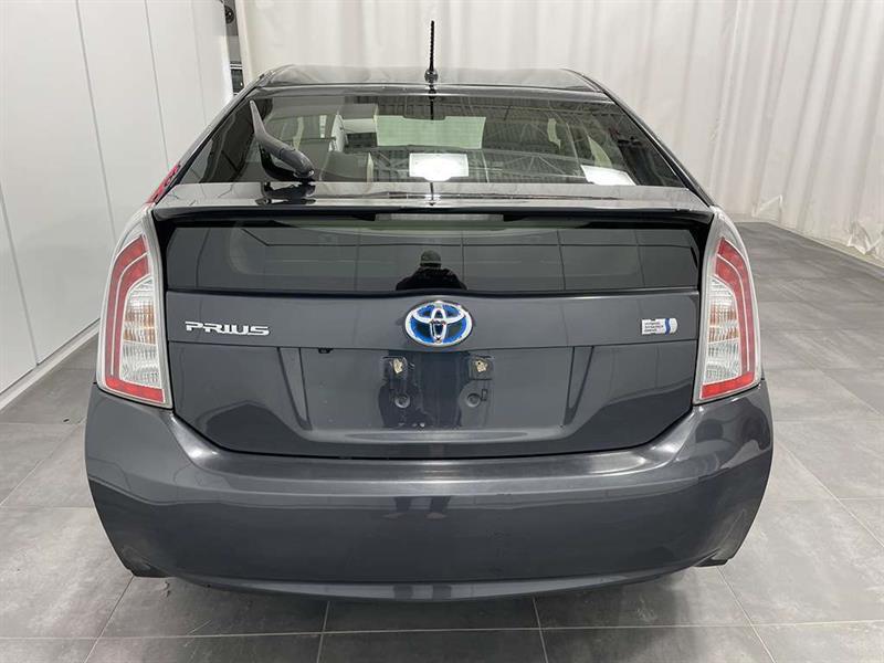 toyota Prius 2015 - 5